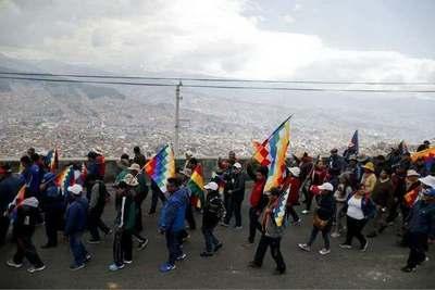 Bolivia: Intentan transmitir imagen de normalización, pero los seguidores de Evo Morales salen a resistir