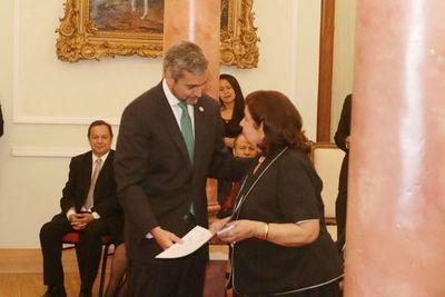 Maribel Barreto recibió el Premio Nacional de Literatura 2019