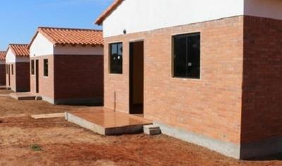 Entregan más de 100 subsidios para mejorar y reparar viviendas
