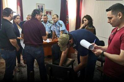 El comisario Nilson Salinas fue liberado hoy tras estar preso por error