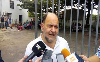 Abogado calificó al forense Pablo Lemir como un peligro para la sociedad