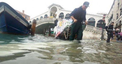 Desastre ko Venecia con la subida del agua