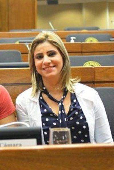 Roya Torres logra unanimidad para que el MSP destine 10 mil millones para nuevo hospital en Alto Paraná