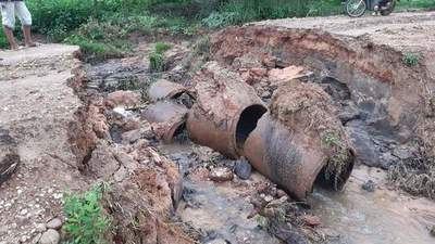 Camino destrozado en Horqueta