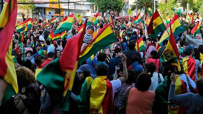 El problema étnico no esta resuelto aun en Bolivia, según asesor político