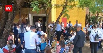 FUNCIONARIOS JUDICIALES SE REUNIERON CON MARIO ABDO.