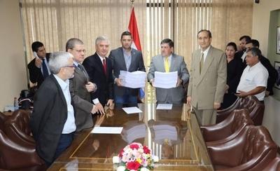 HOY / Acta Bilateral: Comisión entrega conclusiones fiscales y coloca documentos a disposición