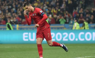 HOY / Siempre vigente, Cristiano anota tres y acerca a Portugal a la Eurocopa 2020