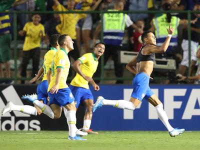 Épica remontada mete a Brasil a la final