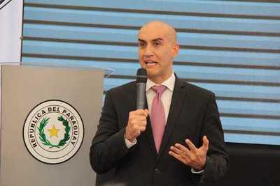 Ministro ve con preocupación decisiones sobre PGN Salud 2020