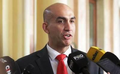 Mazzoleni: Recortes en presupuesto de Salud afectarán provisiones de medicamentos e insumos