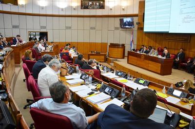 Senado se ratifica en elevar tope fiscal al 3%