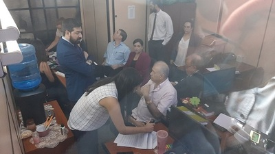 Ramón González Daher se presenta ante la Fiscalía