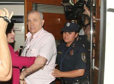 Ramón González Daher llegó en una patrullera al Palacio de Justicia
