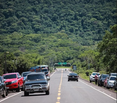 Inauguran ruta que beneficia a miles de productores en Paraguarí