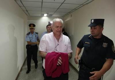 Juez Otazú decreta prisión para Ramón González Daher y su hijo •