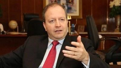 Economista insta a mejorar el gasto público y no aumentar el hartazgo ciudadano
