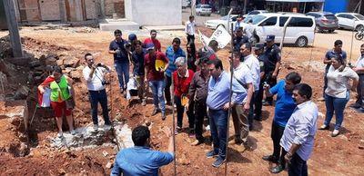 Caazapá: Director de IPS visitó y solicita verificación de obras del hospital