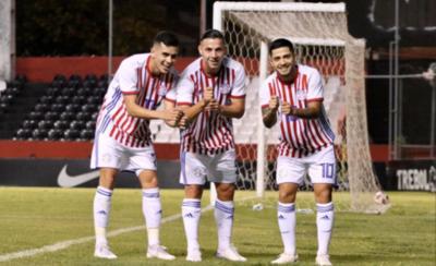 HOY / Eficaz Albirroja supera prueba ante Venezuela