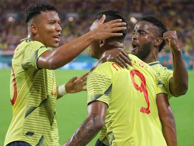 Colombia triunfa sobre Perú con un gol en el tiempo agregado