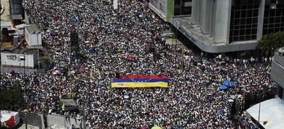 #16N: Miles de venezolanos salen a las calles para marchar contra la dictadura de Maduro