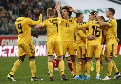 Un Hazard estelar garantiza a Bélgica el liderato