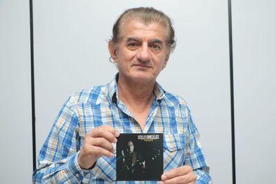 """Derlis González presenta su nuevo material """"Vuelve"""""""