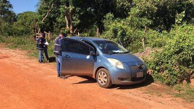 Encuentran vehículo en el que huyeron los asesinos del comisario González