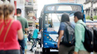 CETRAPAM confirma 'regulada' de buses y anuncia paro total