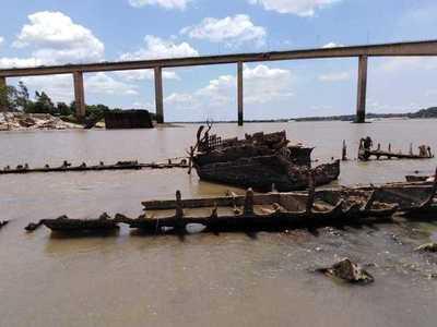 Inician trabajos para reflotar el buque Paraguarí