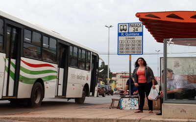 35% de ómnibus menos en calle por subsidio impago de USD 2 millones