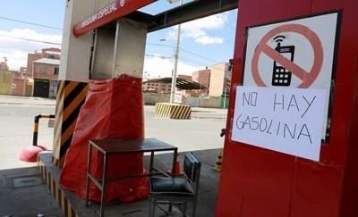 Bolivia: Escasez de combustibles y alimentos en La Paz