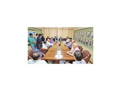 Viviendas: Recortes arriesgan   producción olera de  Tobatí