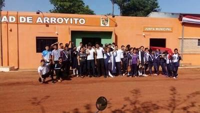Arroyito: ciudadanía sigue en asamblea permanente, a pesar de amenazas de hurreros