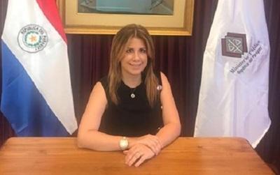 Alejandra Peralta renuncia al cargo de viceministra de Justicia