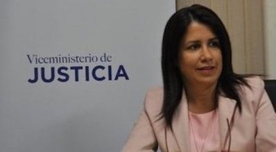 Viceministra de Justicia presenta renuncia