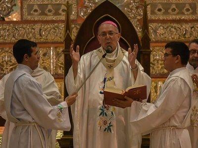 Edmundo Valenzuela comunica su renuncia como obispo