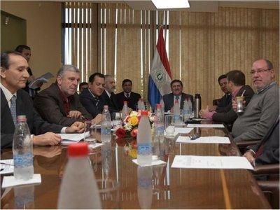 Fiscalía recibió conclusiones de la Comisión Bicameral sobre acta bilateral
