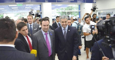 Abdo inauguró obras en IPS por aniversario