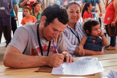 Cerca de 130 familias regularizan sus inmuebles en Central