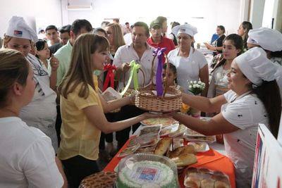 """""""Feria de Oportunidades"""" llegó a San Pedro"""