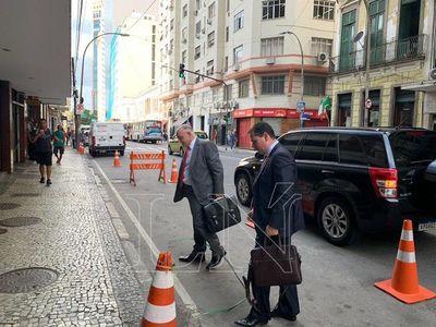 Orden de prisión para Horacio Cartes es ilegal, incongruente y desproporcionada