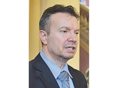 Despidieron a la ex directora de Seprelad salpicada por  caso Messer