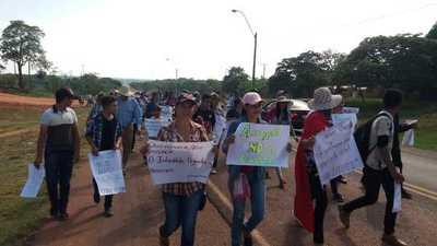 Arroyito marcha contra la corrupción en día de su aniversario