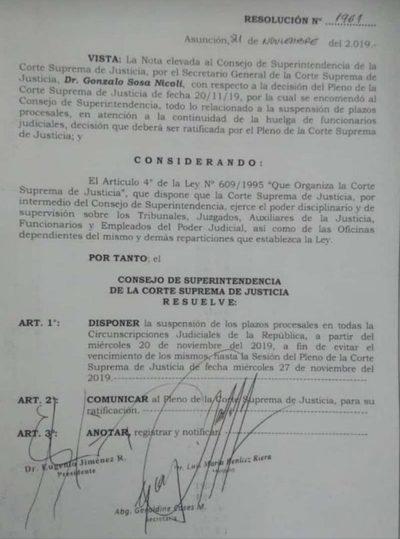 Suspenden plazos procesales ante la huelga de funcionarios
