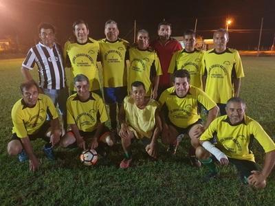 Amistad de Loreto es campeón invicto del torneo de fútbol suizo C50
