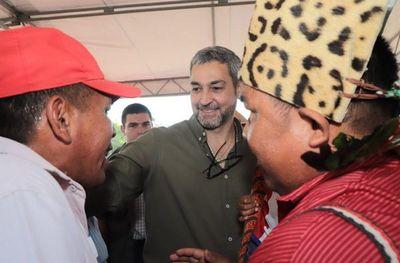 Abdo insta a políticos a trabajar por la unidad