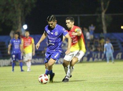 Sol de América y Deportivo Santaní igualaron en Villa Elisa