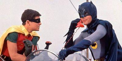Los trajes de Batman y Robin, a subasta