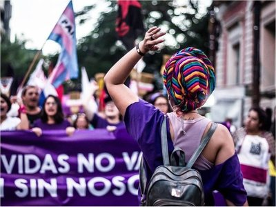 Indígenas trenzarán cabello a mujeres antes de  marchar